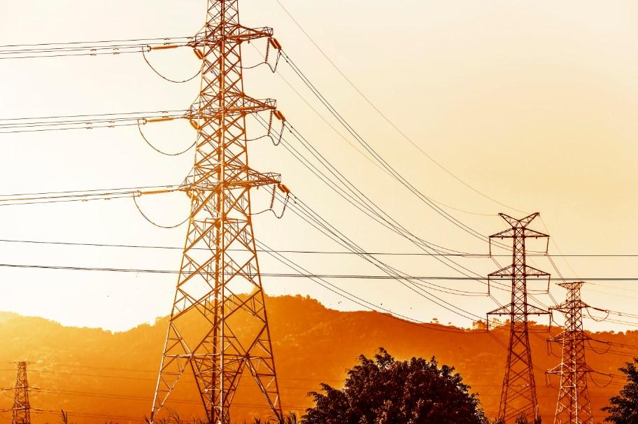 Zmiana sprzedawcy energii elektrycznej daje szansę na zmniejszenie wydatków firmowych nawet o 30%.